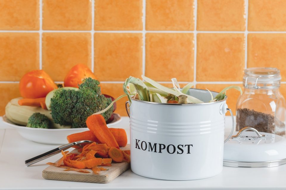 Trash Bin For Composting With Leftover In The Kitchen