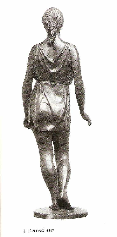 Жінка, що ступає. 1917 р., з книги Szabó Katalin «ferenczy Béni» (budapest, 1976)